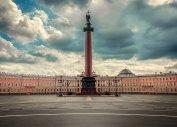 Александровская колонна (экскурсионные школьные туры в Санкт-Петербург)